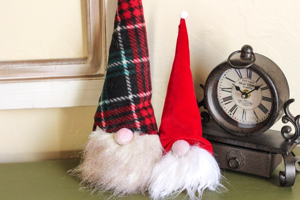 Fun activities to do with kids at home during winter break! fitnessista.com