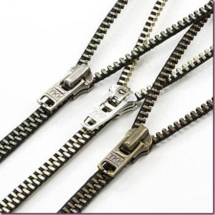 042709_zipper_necklace_big