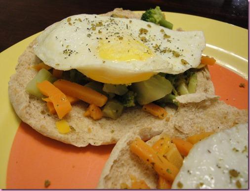egg pizza (2)