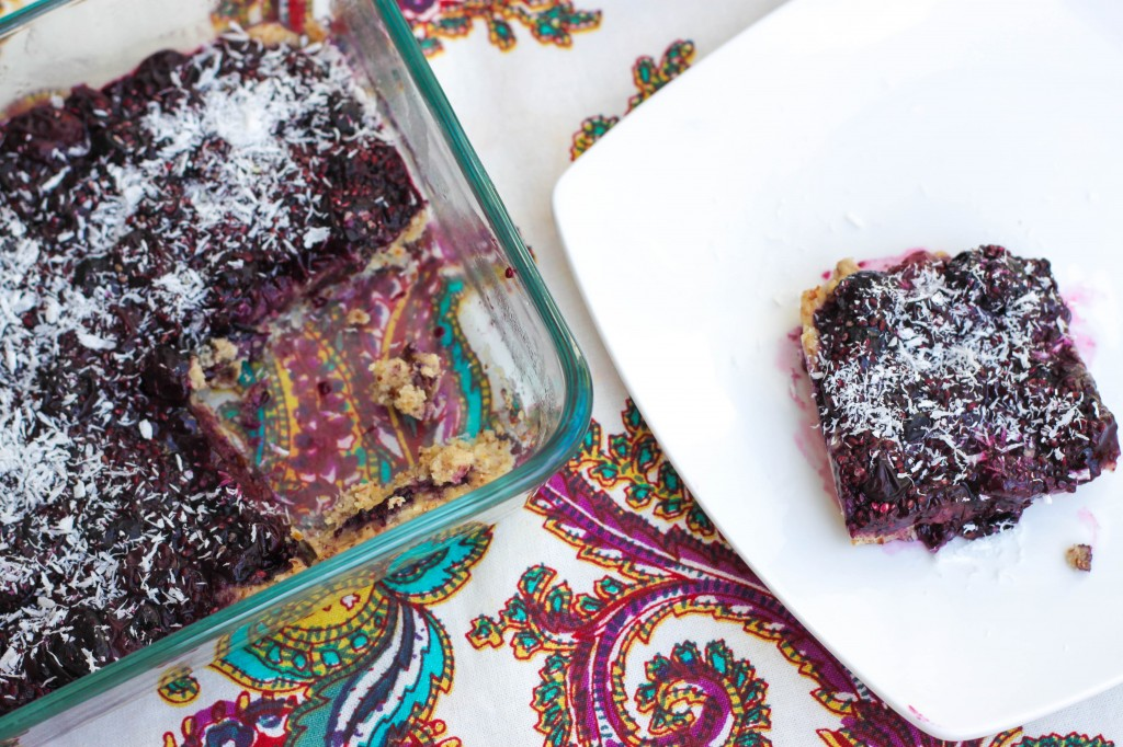 No-bake blueberry jam bars | Was Fat Now Fit